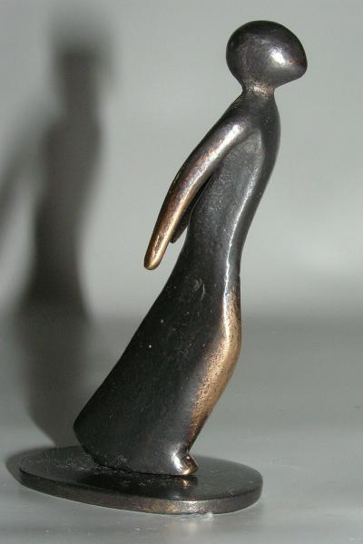 bronzeskulptur mit aller kraft kerstin stark kunstst ckchen ebay. Black Bedroom Furniture Sets. Home Design Ideas