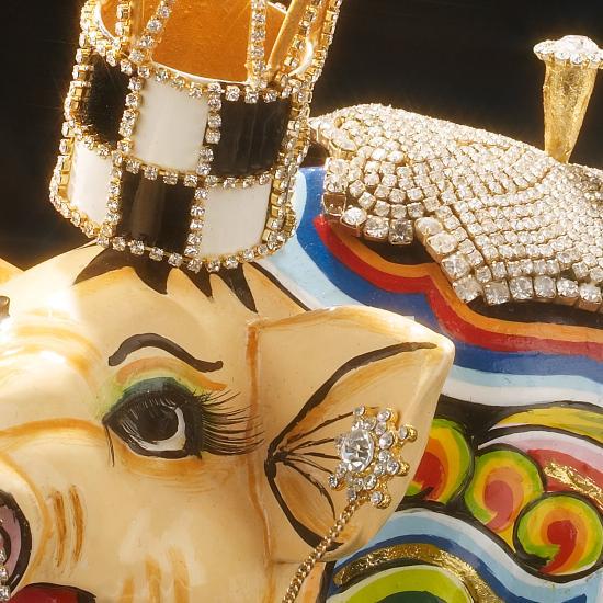 Toms Drag Art - Schwein Lolita Box