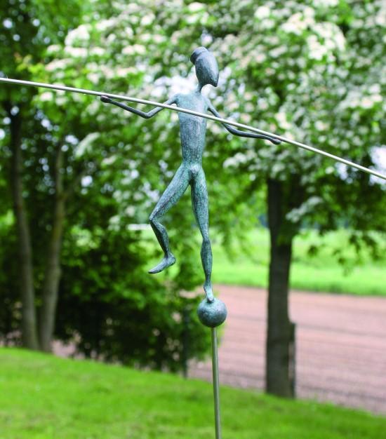 paul hüls - tightrope artist