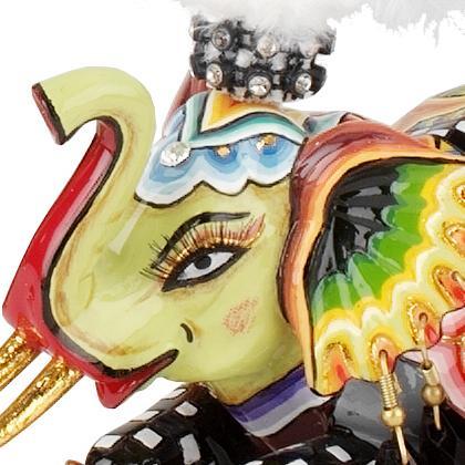 Toms Drag Soliman Elephant