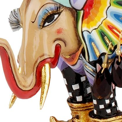 Toms Drag Tuffi Elephant